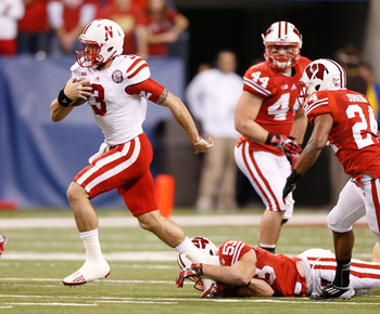 Hi-res-157298180-taylor-martinez-of-the-nebraska-cornhuskers-escapes-the_display_image