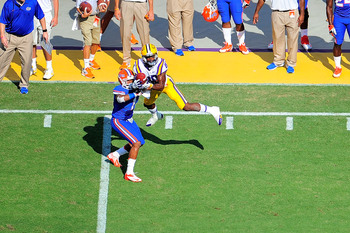 Hi-res-184231473-jarvis-landry-of-the-lsu-tigers-catches-a-pass-in-front_display_image