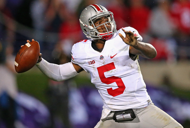 Hi-res-183201098-braxton-miller-of-the-ohio-state-buckeyes-passes_crop_650x440