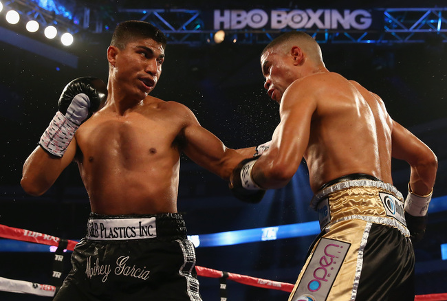 Hi-res-170642237-mikey-garcia-connects-with-a-left-to-the-face-of-juan_crop_650