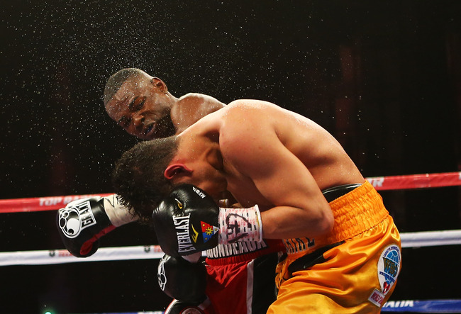 Hi-res-166550160-guillermo-rigondeaux-punches-nonito-donaire-during_crop_650