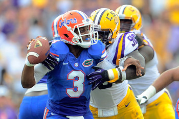 Hi-res-184237334-tyler-murphy-of-the-florida-gators-is-sacked-by-anthony_display_image