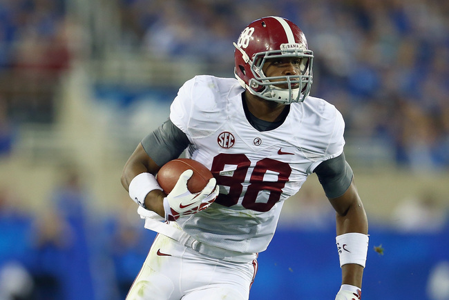Hi-res-184242116-howard-of-the-alabama-crimson-tide-runs-with-the-ball_crop_650