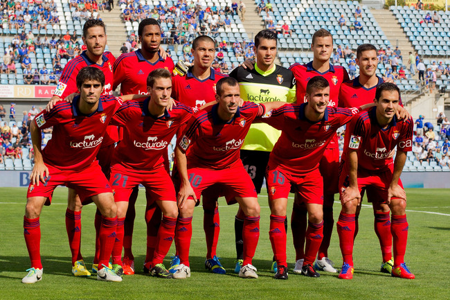 GETAFE, SPAIN - SEPTEMBER 15: CA Osasuna line up prior to start the La Liga match between Getafe CF and CA Osasuna at Coliseum Alfonso Perez on September 15, 2013 in Getafe, Spain.  (Photo by Gonzalo Arroyo Moreno/Getty Images)