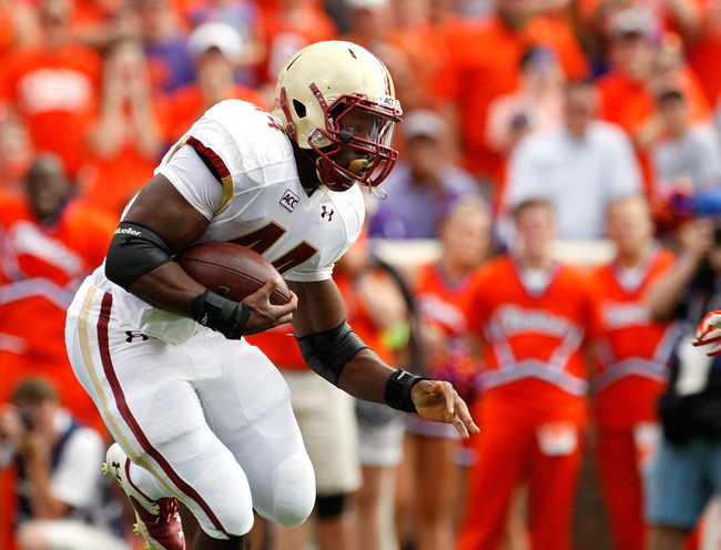 Hi-res-184231061-andre-williams-of-the-boston-college-eagles-rushes_crop_650