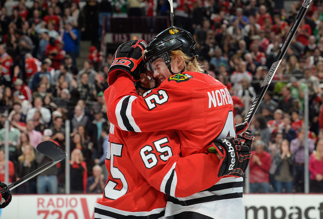 Hi-res-184156315-joakim-nordstrom-of-the-chicago-blackhawks-hugs_crop_650x440