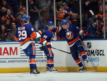 Hi-res-183662259-peter-regin-of-the-new-york-islanders-scores-at-1-49-of_display_image