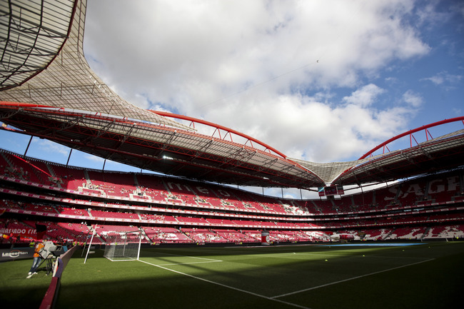 Hi-res-125623776-general-view-of-the-estadio-da-luz-home-of-sl-benfica_crop_650