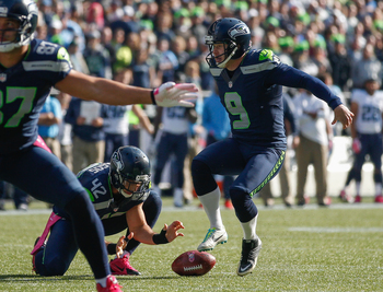 Hi-res-184418693-holder-chris-maragos-of-the-seattle-seahawks-muffs-the_display_image