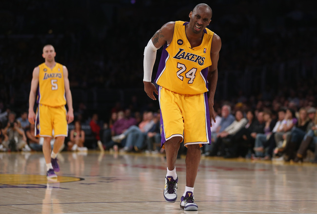 Hi-res-166466639-kobe-bryant-of-the-los-angeles-lakers-appears-to-injure_crop_650x440