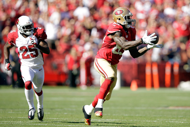 Hi-res-184419204-vernon-davis-of-the-san-francisco-49ers-catches-the_crop_650
