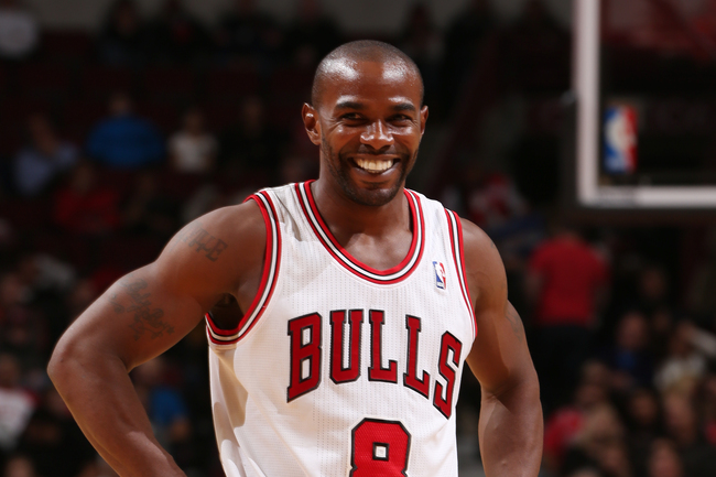 Hi-res-185504560-mike-james-of-the-chicago-bulls-smiles-for-the-camera_crop_650