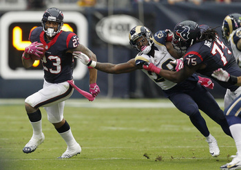 Hi-res-184410391-arian-foster-of-the-houston-texans-runs-around-darian_display_image
