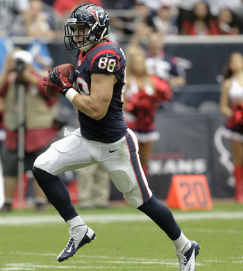 Hi-res-182305352-garrett-graham-of-the-houston-texans-scores-against-the_display_image