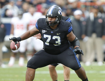 Current lineman Solomone Kafu in last year's Oregon State game