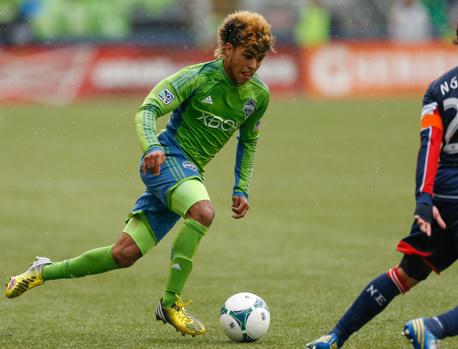 Hi-res-166904200-deandre-yedlin-of-the-seattle-sounders-fc-dribbles_crop_650