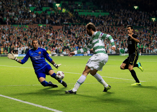 Hi-res-182600553-giorgos-samaras-of-celtic-is-blocked-by-goalkeeper_crop_650