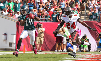 Hi-res-184410464-desean-jackson-of-the-philadelphia-eagles-catches-a_display_image