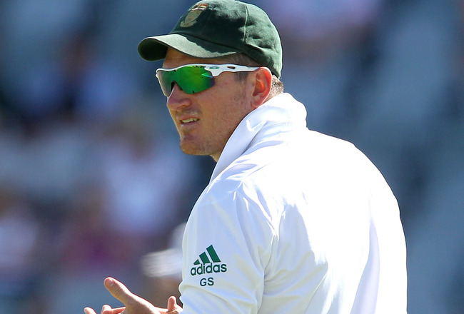 Hi-res-161683271-south-african-captain-graeme-smith-looks-on-during-day_crop_650x440