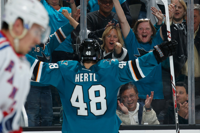 Hi-res-183677501-tomas-hertl-of-the-san-jose-sharks-celebrates-a-goal_crop_650