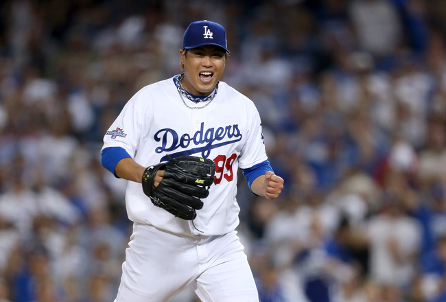 Hi-res-184635120-pitcher-hyun-jin-ryu-of-the-los-angeles-dodgers-reacts_crop_650x440
