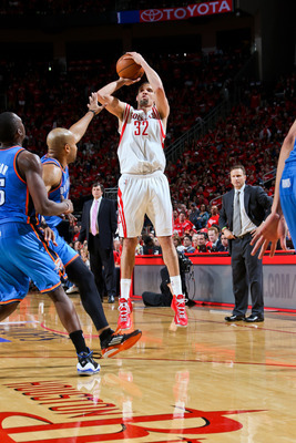 Hi-res-168005712-francisco-garcia-of-the-houston-rockets-shoots-a-three_display_image