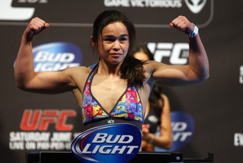 Rosi Sexton and Jessica Andrade are both looking to avoid the same fate as Sheila Gaff.