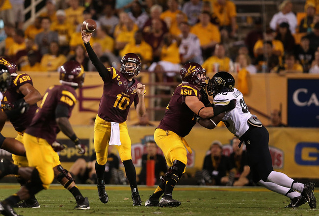 Hi-res-184260925-quarterback-taylor-kelly-of-the-arizona-state-sun_crop_650x440