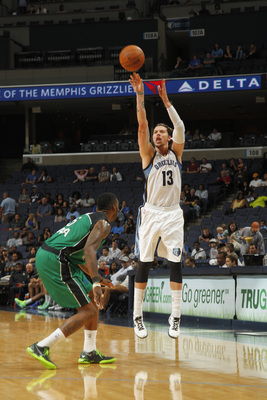 Hi-res-184422394-mike-miller-of-the-memphis-grizzlies-shoots-a-three_display_image