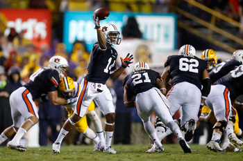 Hi-res-181493356-nick-marshall-of-the-auburn-tigers-throws-a-pass_display_image