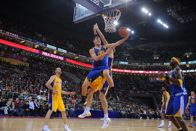 Hi-res-184675813-klay-thompson-of-the-golden-state-warriors-shoots_crop_650