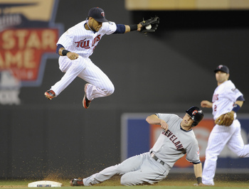 Hi-res-182064769-drew-stubbs-of-the-cleveland-indians-steals-second-base_display_image