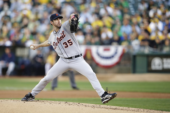 Hi-res-184006179-justin-verlander-of-the-detroit-tigers-pitches-against_display_image