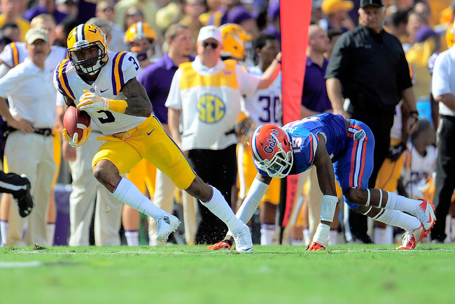 Hi-res-184237355-odell-beckham-jr-3-of-the-lsu-tigers-catches-a-pass-in_crop_650