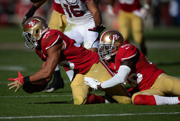 Hi-res-184425158-eric-reid-of-the-san-francisco-49ers-recovers-a-fumble_display_image