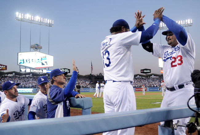 Hi-res-184634892-adrian-gonzalez-of-the-los-angeles-dodgers-celebrates_crop_650x440