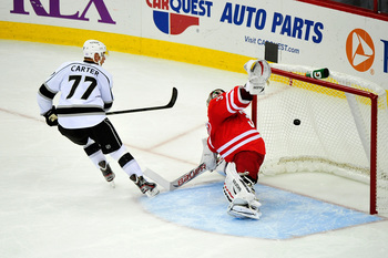 Hi-res-184177039-jeff-carter-of-the-los-angeles-kings-beats-goalkeeper_display_image