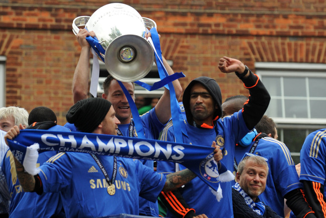 Hi-res-144892554-john-terry-of-chelsea-lifts-the-champions-league-trophy_crop_650