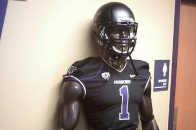 2013-washington-huskies-matte-black-football-helmet-570x380_crop_650