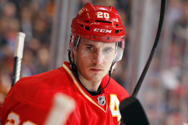 Hi-res-166175010-curtis-glencross-of-the-calgary-flames-skates-to-the_crop_650