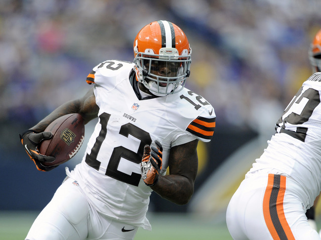 Hi-res-181693305-josh-gordon-of-the-cleveland-browns-carries-the_crop_650