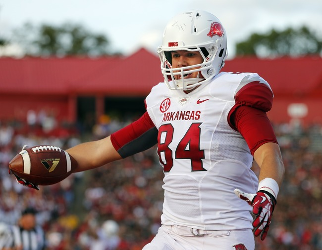 Hi-res-181486655-tight-end-hunter-henry-of-the-arkansas-razorbacks_crop_650