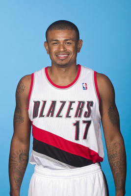 Hi-res-182731323-earl-watson-of-the-portland-trail-blazers-poses-for-a_display_image