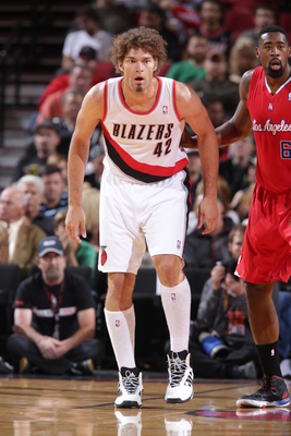 Hi-res-183953638-robin-lopez-of-the-portland-trail-blazers-walks-up_display_image