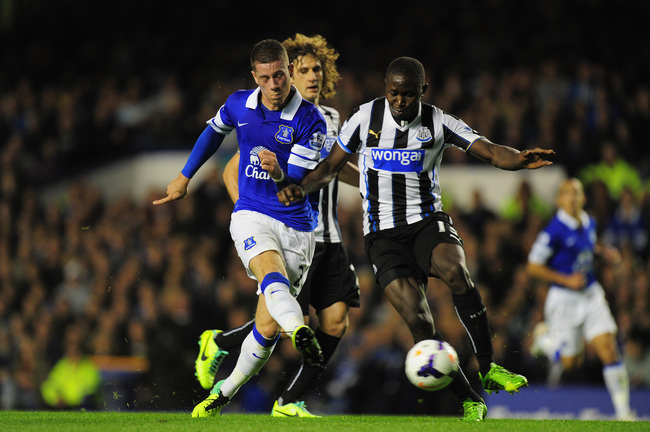 Hi-res-182548324-everton-player-ross-barkley-shoots-past-mapou-yanga_crop_650