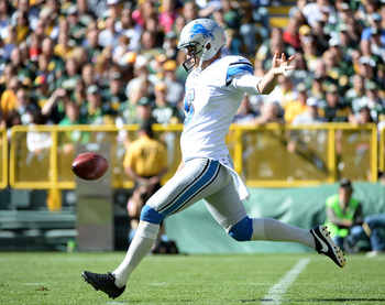 Hi-res-183674487-sam-martin-of-the-detroit-lions-punts-to-the-green-bay_display_image