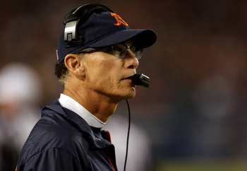 Hi-res-183989392-head-coach-marc-trestman-of-the-chicago-bears-looks-on_display_image