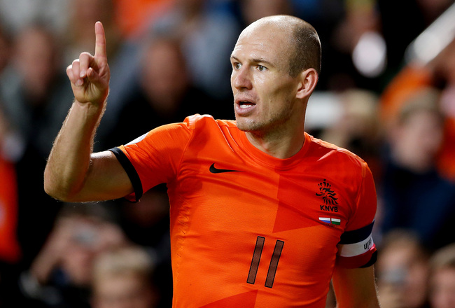 Hi-res-184453919-arjen-robben-of-holland-during-the-fifa-2014-world-cup_crop_650x440