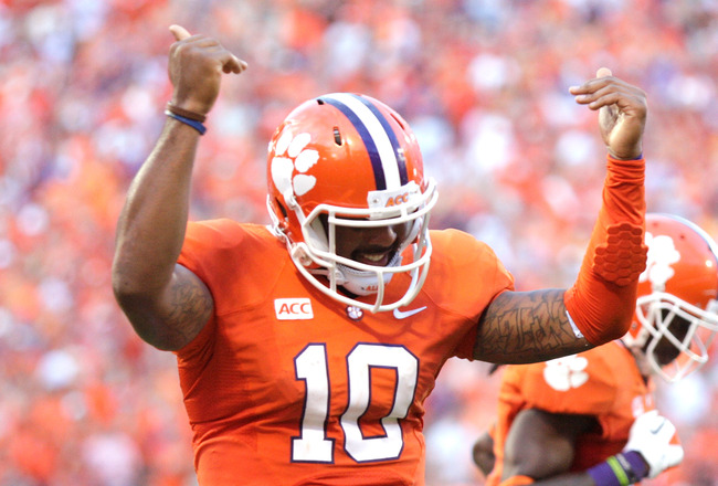 Hi-res-184237216-tajh-boyd-of-the-clemson-tigers-celebrates-after_crop_650x440
