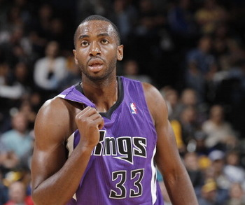 183968510-luc-mbah-moute-of-the-sacramento-kings-in-a-game_display_image